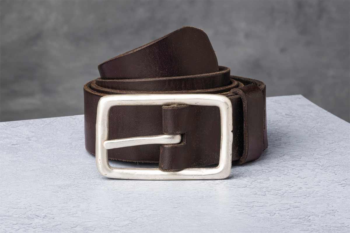 AF Buckle Nº7 with fine leather belt strap