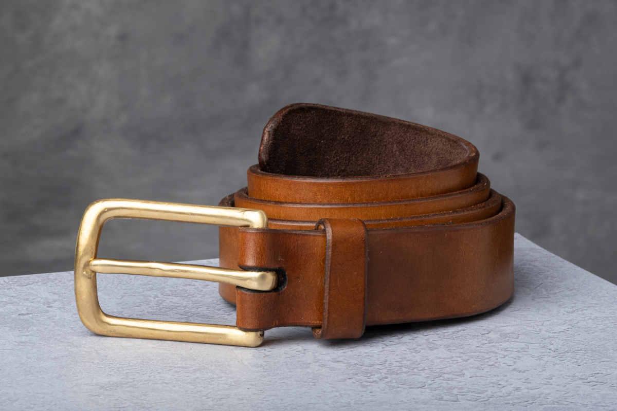 AF Buckle Nº8 with fine leather belt strap