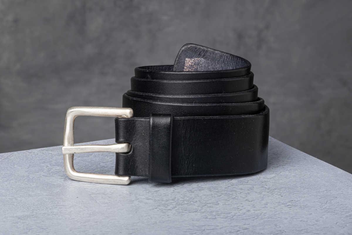 AF Buckle Nº9 with fine leather belt strap